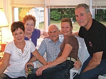 Family portrait: Mom, Dad, Linda, Paul and Nancy